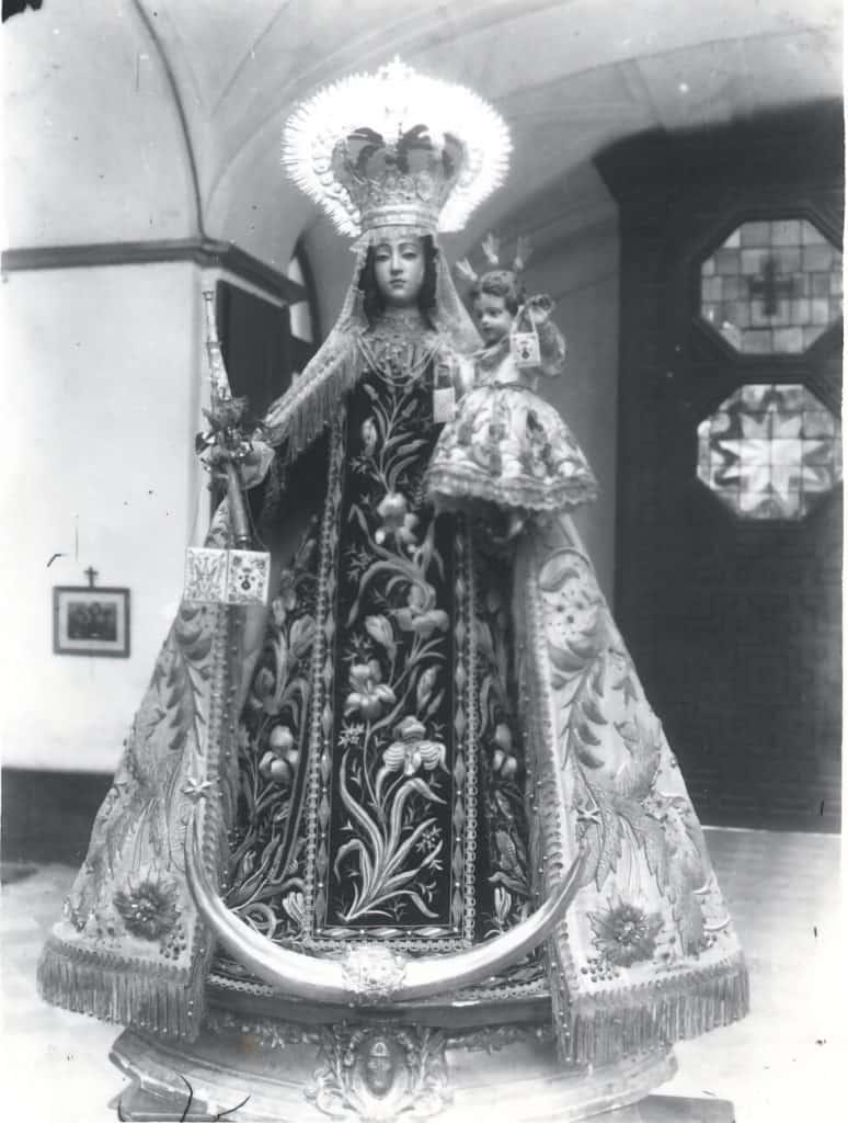 Foto antigua Virgen del Carmen
